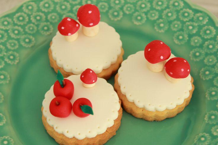 picnic cookies  www.vintagecakecompany.pt