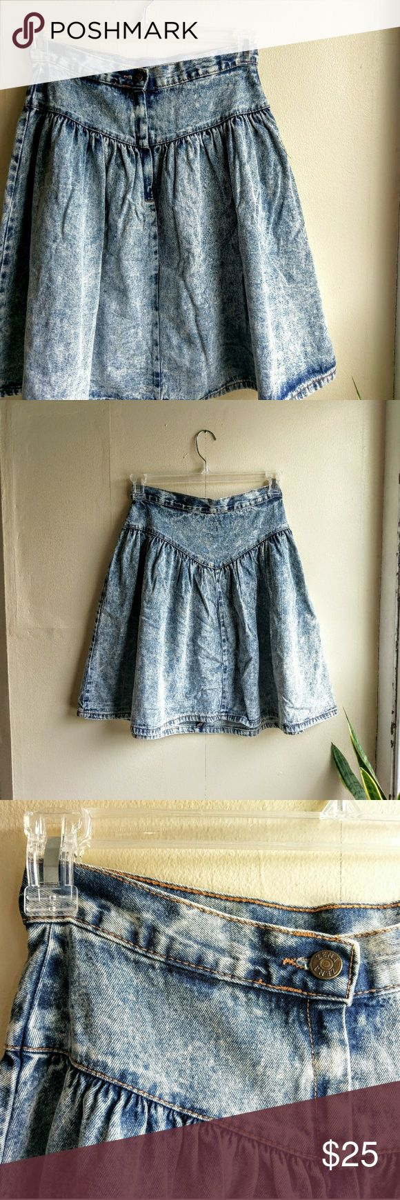 """Vintage 80's Zena High-Waisted Denim Skater Skirt Hello throwback! Super high-waisted, acid wash...what more could you ask for in this vintage denim skirt? Your fall wardrobe absolutely needs this piece.  Waist 28"""", Length 22""""  Made in the U.S.A   **styling photos from Pinterest - I do not own these!** Vintage Skirts Circle & Skater"""