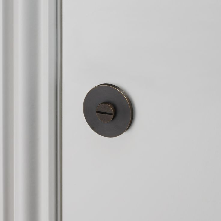 THUMBTURN LOCK / SMOKED BRONZE by Buster + Punch.