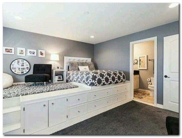 The 25  best Small bedroom organization ideas on Pinterest   Organization  for small bedroom  Decorating small bedrooms and Small bedroom storage. The 25  best Small bedroom organization ideas on Pinterest