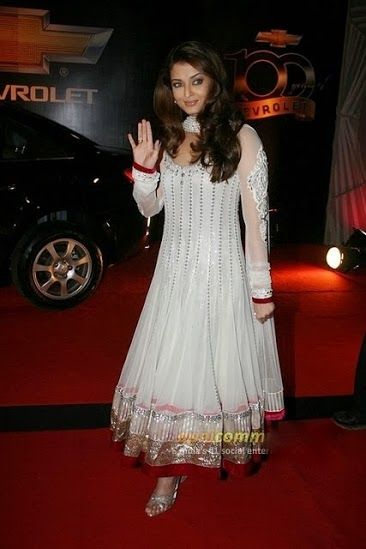 Style Up Your Personality Like Aishwarya Rai See More Gravity Pinterest Style