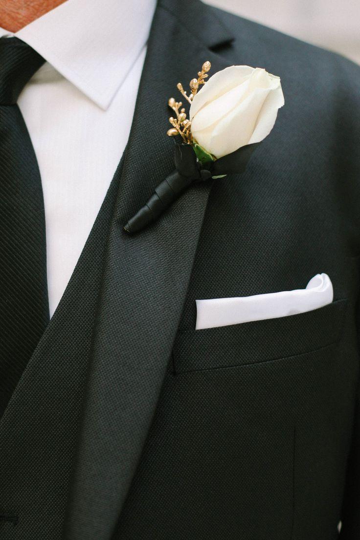 Best 25+ White Rose Boutonniere Ideas On Pinterest
