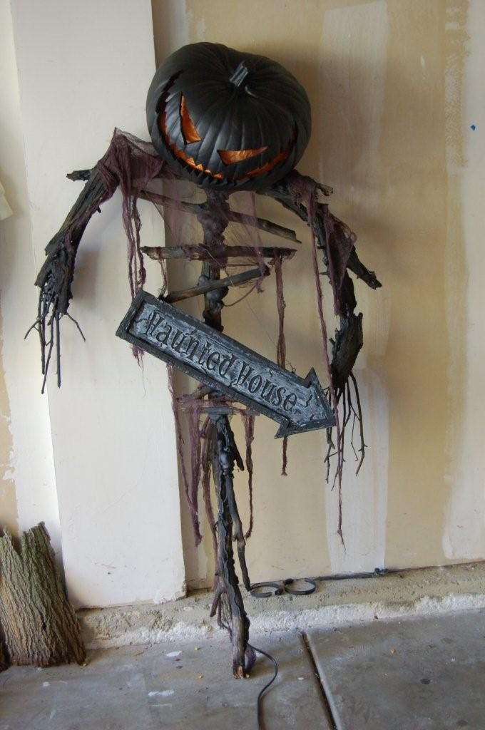 Make a a scary Scarecrow~ Love this guy. Just needs some spider webs of course!