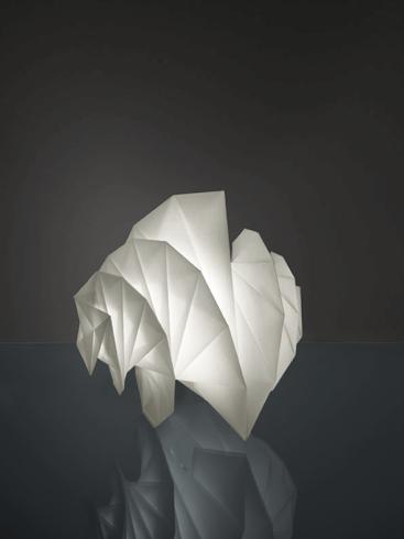 Luci magiche e hi-tech per Artemide  - collezione IN-EI by Issey Miyake + Reality Lab