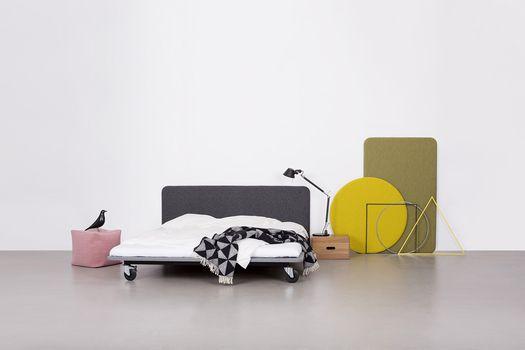 Galleri | Bent Hansen Layer It headboards are designed by Anne Boysen. #soveværelse #bedroom #sengegavl #headboard #layerit #danishdesign #designaward2015