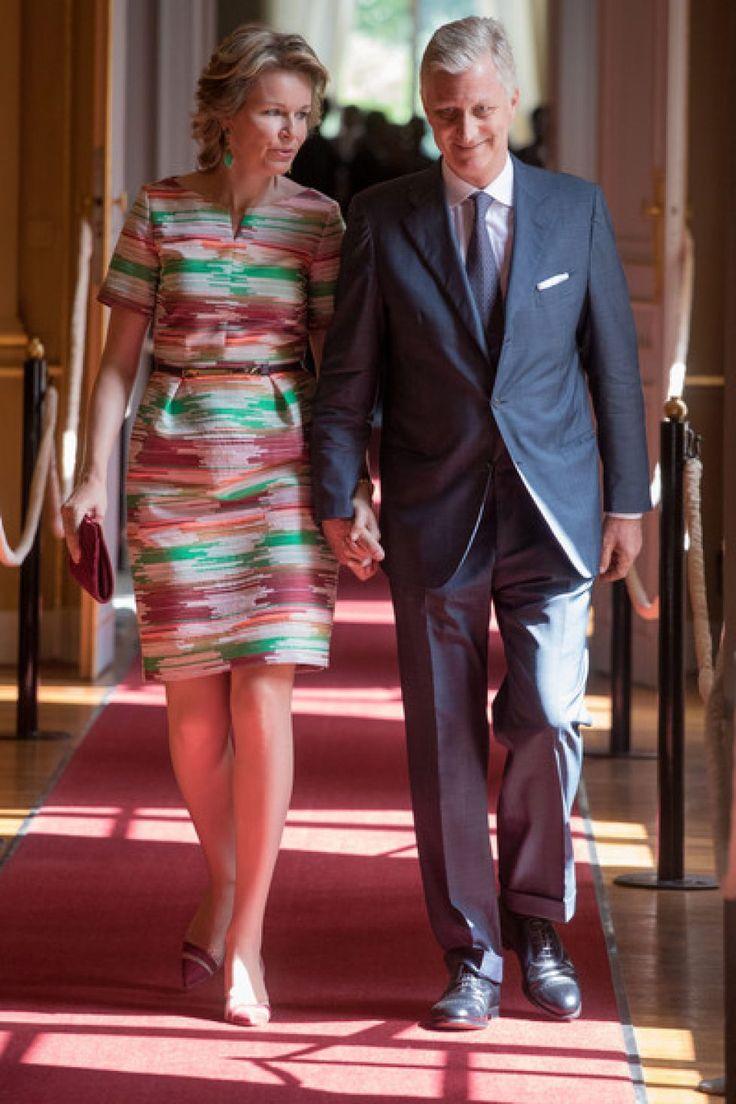 Le roi et la reine des belges ont inauguré au Palais royal de Bruxelles l'exposition estivale consacrée cette année au prince Charles de Belgique, prince régent et artiste. (Copyright photos : getty images)