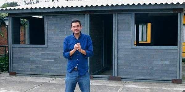 que tal la idea de este colombiano? muy buena forma de reciclar y hacer nuestros propios diseños de vivienda. #ingenio #plástico #casas  adjunto enlace por si quieres ver en pagina  http://www.eltiempo.com/estilo-de-vida/ciencia/casa-tipo-lego/16614008#ooid=JoZTMwNDE6EbMP01XrDW3Q5ec0reWu_y