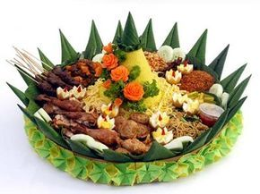 Cara Membuat Hiasan Tumpeng Nasi Kuning Dari Sayuran
