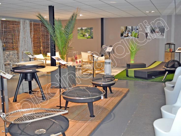 Boutique de décoration design, barbecue, parasol, enceinte ...