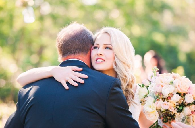 Real Wedding - Ashleigh & Scott | Sunshine Coast Brides Magazine | Photography - Studio Impressions Photography | Venue - Spicers Clovelly Estate | Flowers - Mondo Floral Designs | Wedding Styling and Decor - Lovebird Weddings http://www.sunshinecoastbrides.com.au/ashleigh-scotts-wedding/