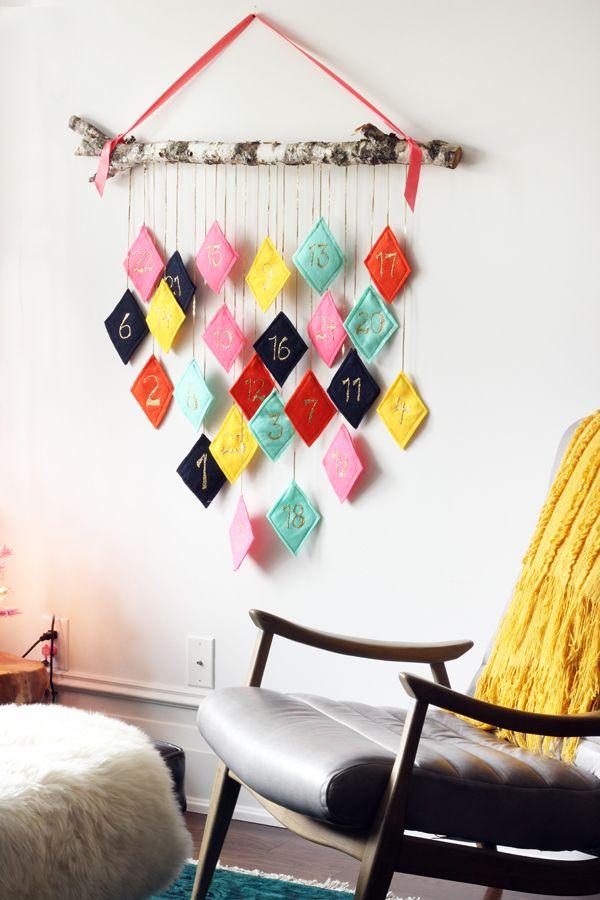 DIY modern felt Christmas advent calendar / The Sweet Escape #wallhanging