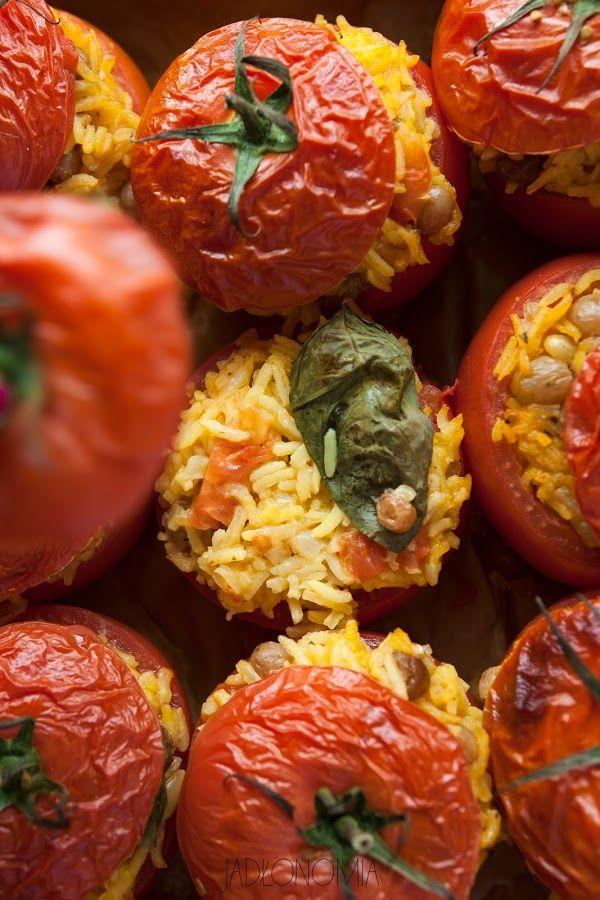 http://www.jadlonomia.com/2015/08/faszerowane-pomidory.html