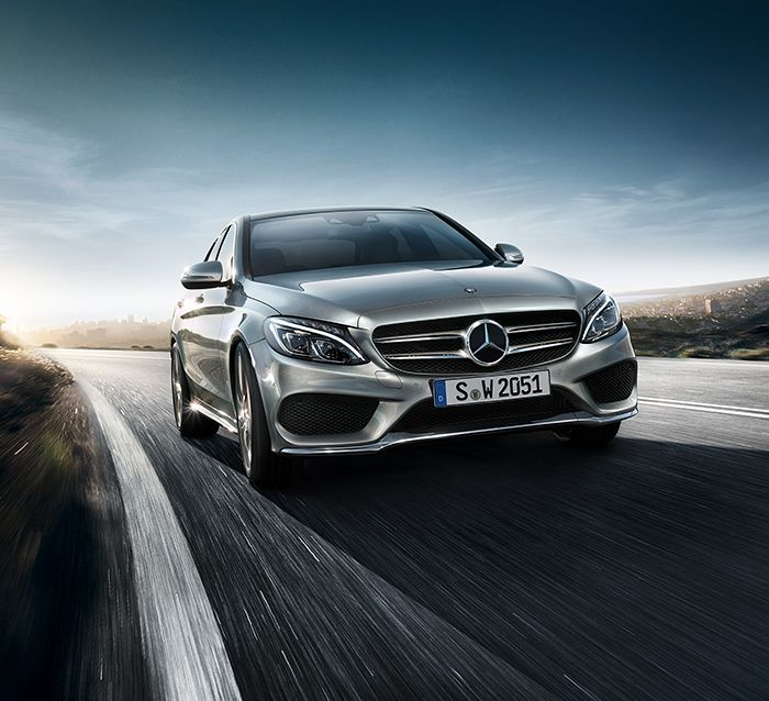 The new C-Class is the first vehicle in its segment that can be equipped with air suspension (AIRMATIC).