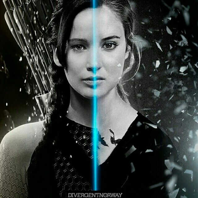 Katniss vs Tris It's so creepy how much they look alike. I thoug they were the same person just at different times in their life. Creepy!