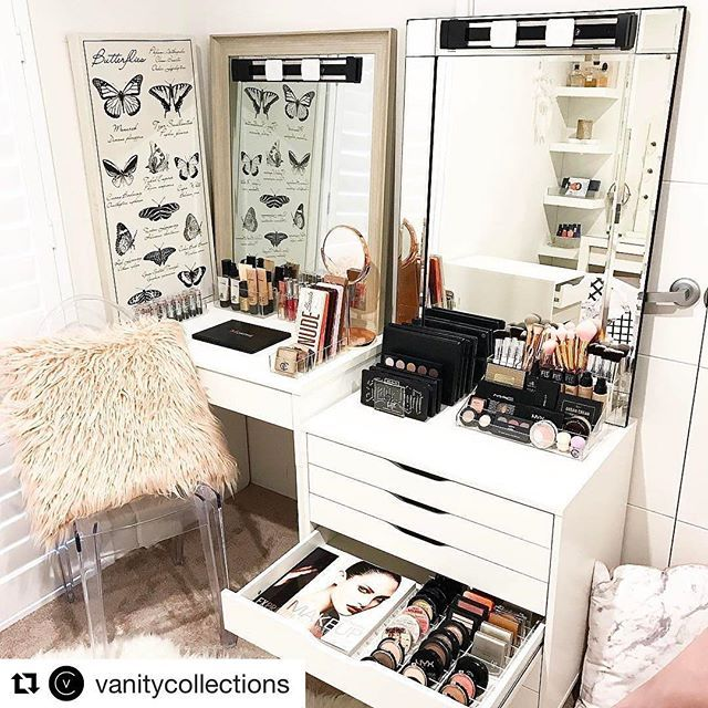 WEBSTA @ luxmakeuplight - Yet again, @vanitycollections has displayed our lights so gorgeously! This is the LUX Light 2 Premium Kit. Double tap if you need a set of your own!....#repost #vanitycollections #makeuproom #vanitylights #makeuplights #beautyroom #beautykit #makeupkit #vanityroom #makeuproom #makeuphaul