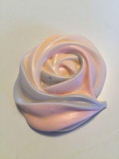 Merengue rose cookies, marengsroser
