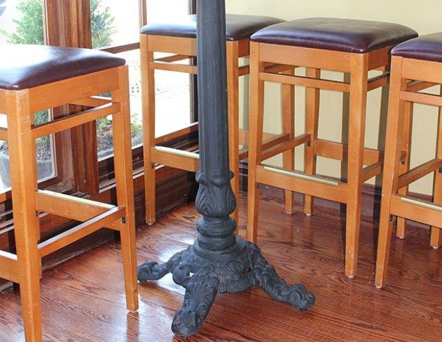 This Ornate Decorative Cast Iron Table Base Is Designed To Work In Any  Restaurant And Hospitality