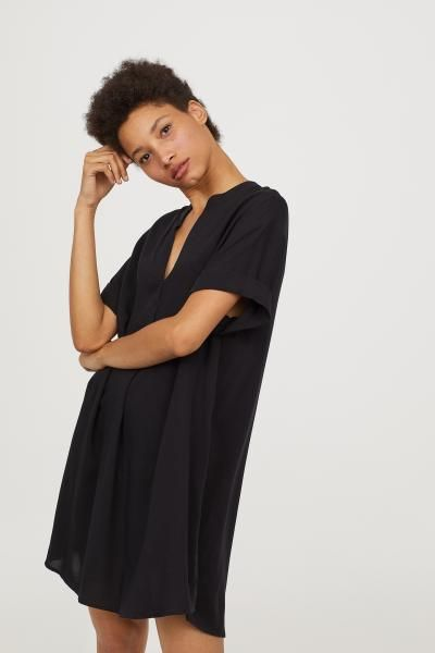 V-neck Dress - Black - Ladies  2b1de55b9