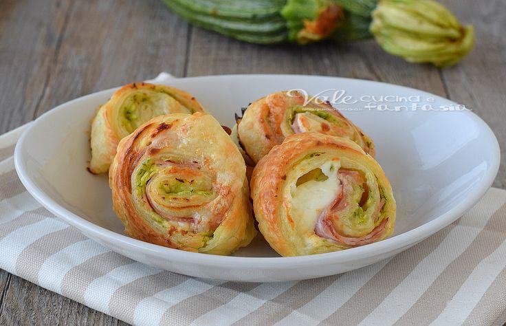 Girelle di sfoglia con zucchine e prosciutto cotto, arricchite da mozzarella filante, facilissime da preparare ,un antipasto e finger food facile