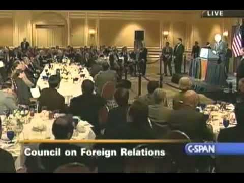 Ron Paul explains the Council on Foreign Relations and the New World Order. David Rockefeller. Hillary Clinton. Trilateral Commission.