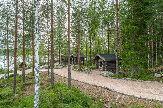 luxury-log-cabin-in-finland-13