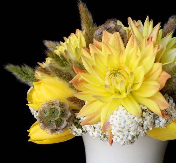 yellow flower centerpieces and creative table decoration ideas for holidays and special occasions