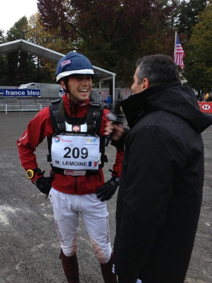 Pascal Boutreau interroge le cavalier Mathieu Lemoine
