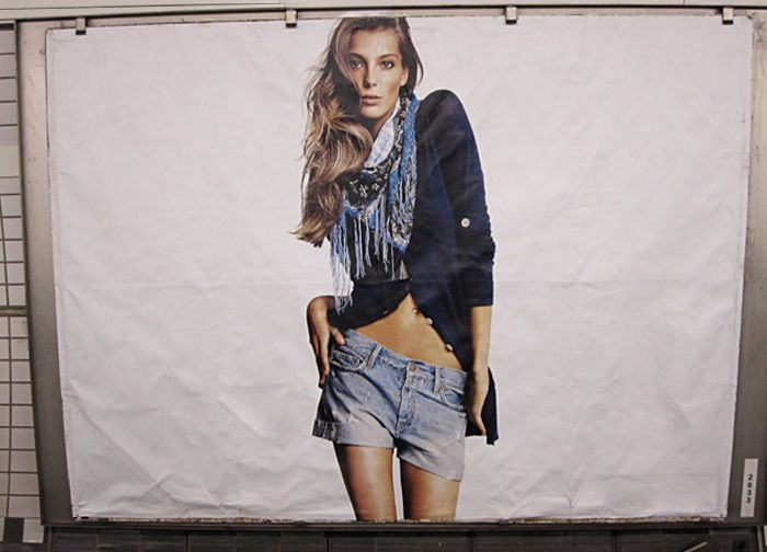 Culture Jamming - Adbusting  NOADS - What & What ?