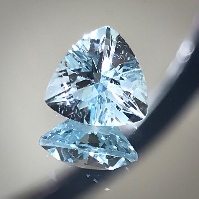 High Luster Sky Blue Topaz Jewellery grade VVS gem 7mm No Reserve Auction