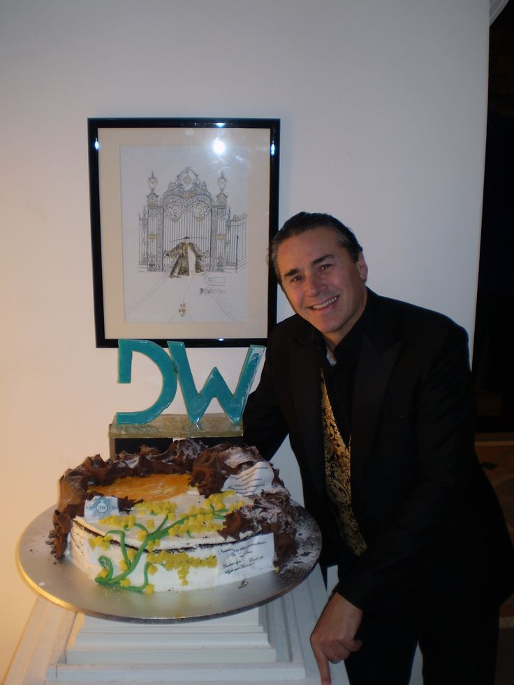 DANNY WISE Cake, Danny Wise Torta: My Dears Friends, Fans, Estimators, Clients: March is the Month of the Woman, but in my Fashion house we Glorify the Woman every days of every months of the Year. Danny Wise special Thank to Pasticceria Cappello (Pa) for this lovely DW Cake of 30 Kg. #dannywisecake #luxurycake #pasticceriacappello #brandcake