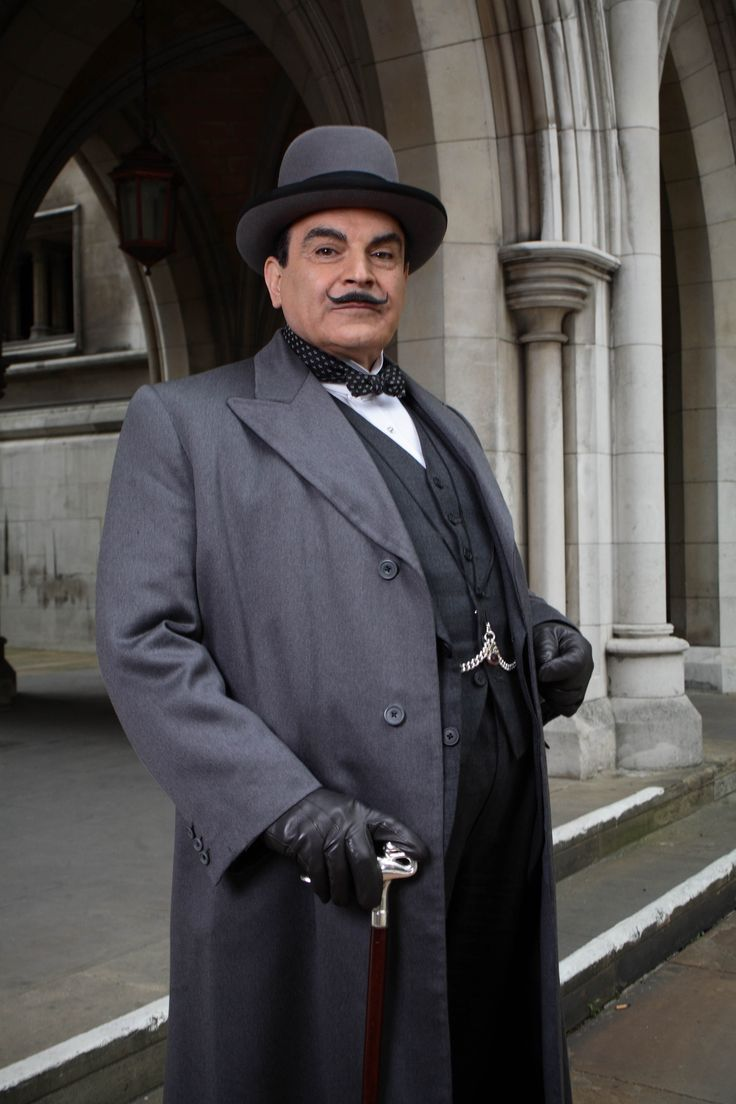 "David Suchet as 	  Hercule Poirot in ""Agatha Christie's Poirot"" (1989)"