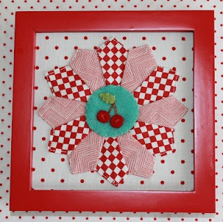 This is precious and it's made by Joy's thoughts and findings.Trays, Frames Minis, Wall Hanging, Minis Frames, Minis Dresden, Quilt Block, Sisters Birthday, Joy Thoughts, Dresden Plates