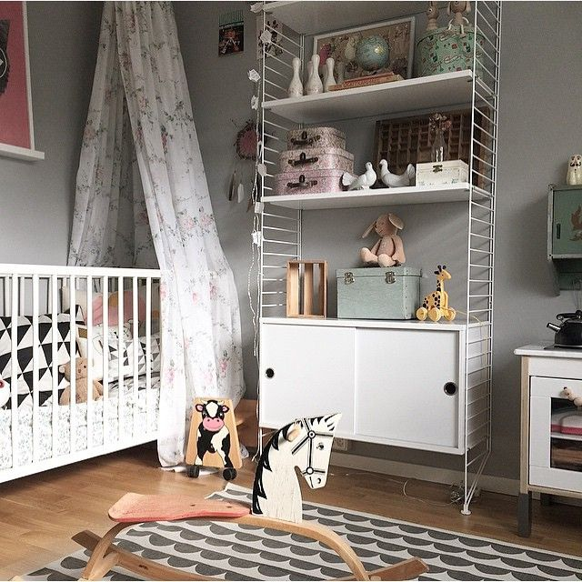 Beautiful and so chic Scandinavian inspired grey and white kid's room with graphic elements: