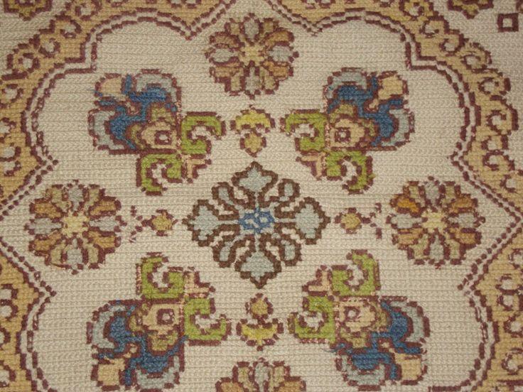 Mejores 299 im genes de bordado de arraiolos en pinterest bordado alfombras y tapicer a - Alfombras portugal ...