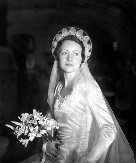Jill Esmond 1930s Bride