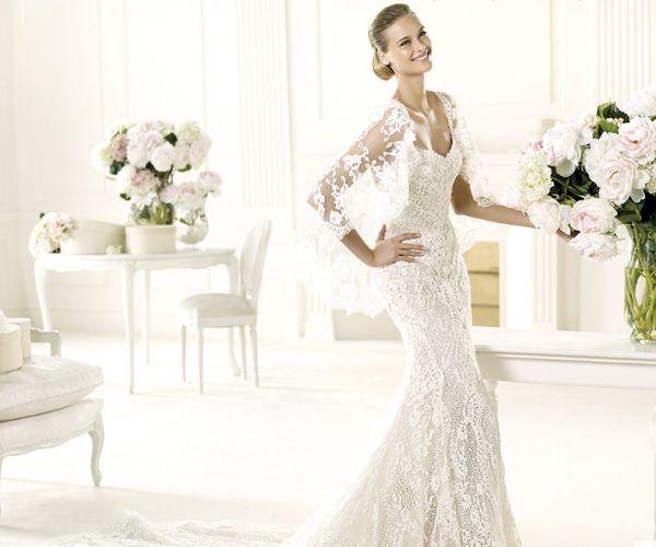 Última colecção de vestidos de noiva de Manuel Mota para a Pronovias, em 2013. #casamento #vestidodenoiva #Pronovias