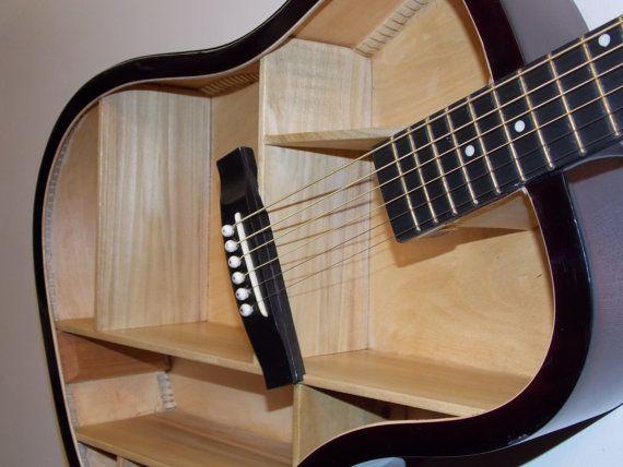plateau de guitare 8 par aRRtstudios sur Etsy