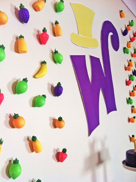Lickable wallpaper at a Willy Wonka Party #willywonka #party