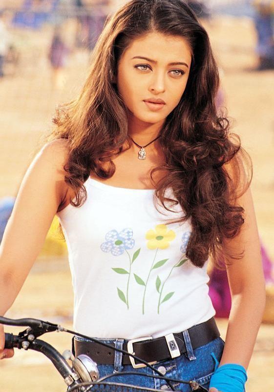 Bachchan Fan Club @BachchanFClub   #Aishwarya ma'am from #Josh.