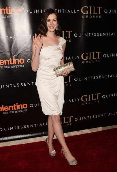 "Anne Hathaway Photo - ""Valentino: The Last Emperor"" New York Premiere - After Party"