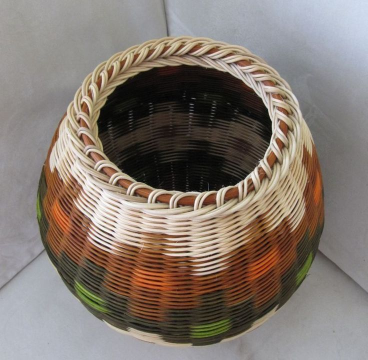 Basket Weaving Process : Top finished with a bent branch or round reed basketry