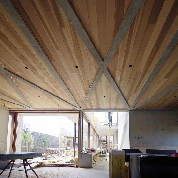 Auhaus Architecture — Concrete House 1 Love this ceiling