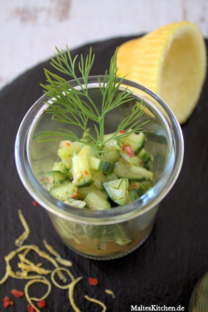 Erfrischender #Gurkensalat mit Sweet-Chilli-Sauce. Perfekt für heiße Tage! | malteskitchen.de
