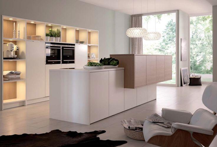 Mit Wandpaneelen aus Glas können Sie Hochglanz imitieren, wie hier - glas wandpaneele küche