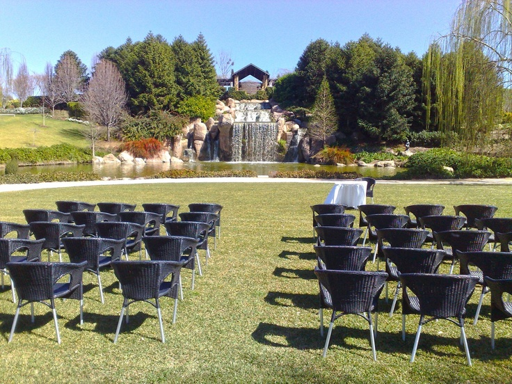 hunter valley weddings - with waterfall