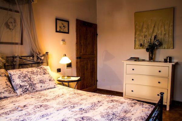 APPARTAMENTO LAVANDA E' composto da una cucina attrezzata e luminosa, un' accogliente camera matrimoniale e un bagno. http://casavacanzefornace.it/