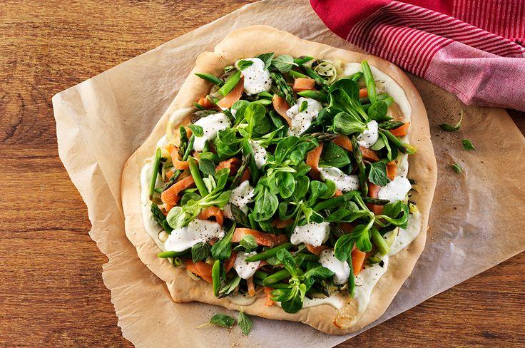 Lactosevrije Pizza met roomkaas, zalm en paprika - Arla Lactofree