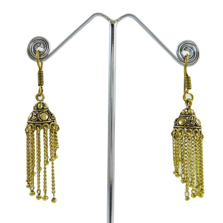 This is beautiful goldtone  belly dancing earring set which will add more charms to your jewelry collection. ..this is img