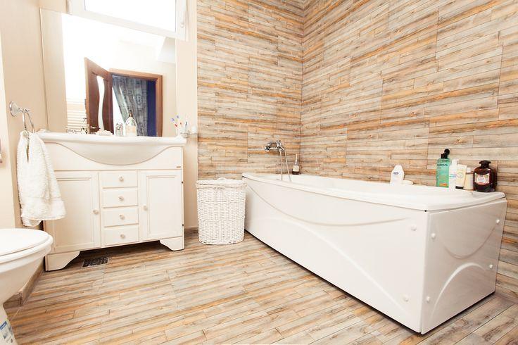Shabby Chic Home Decor Idea - Bathroom