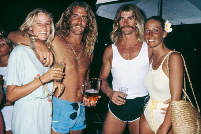 TWO COUPLES, QUEENSLAND 1983 (© RENNIE ELLIS)